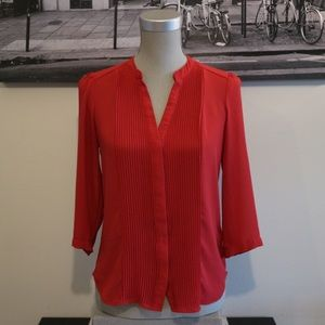 SALE! 🔥 H&M | 3/4 Sleeve Red Button-Down Blouse